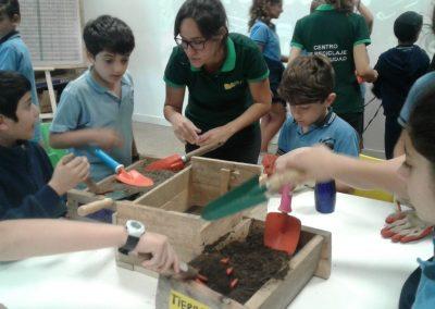 17-Visita Centro de Reciclaje (41)