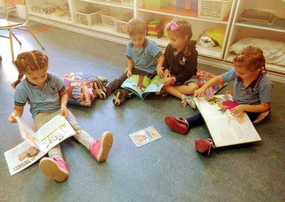 3-En nuestro jardín leemos todos los días.. (3)