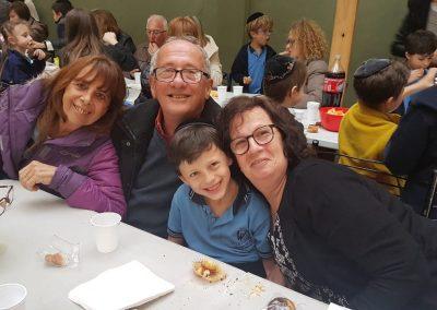 Prim Sucot con abuelos (34)
