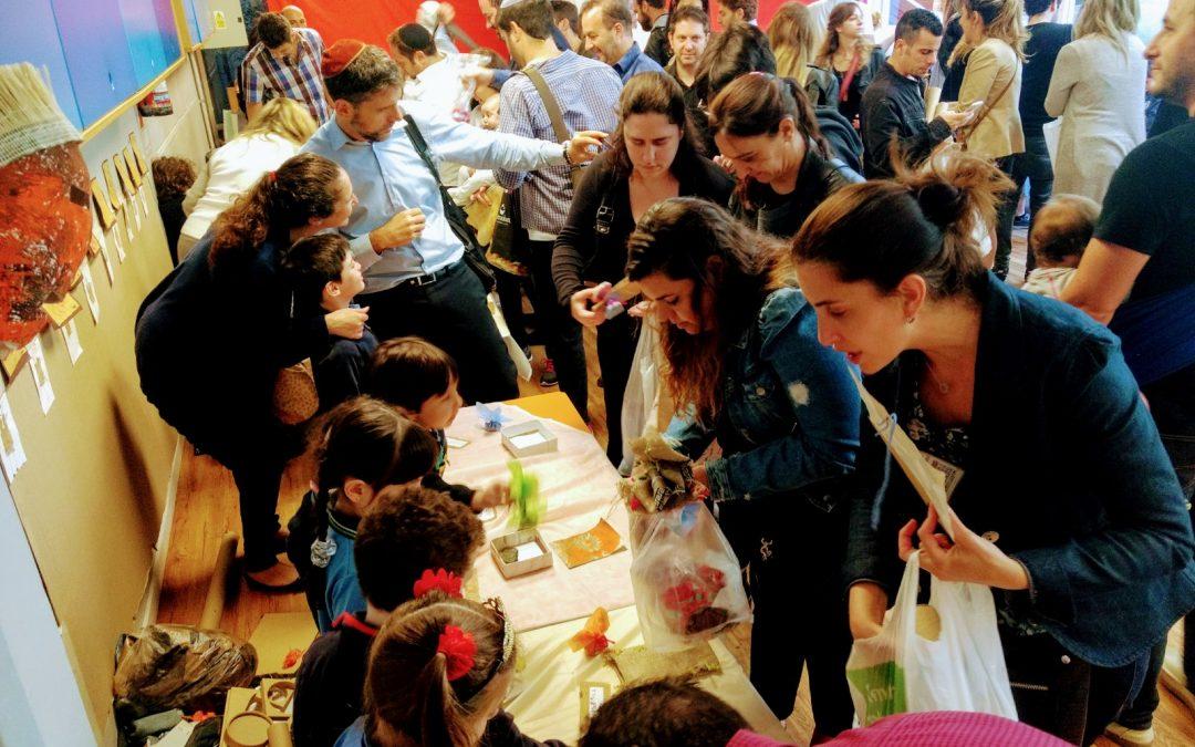 """Feria del trueque con """"los de 4″…"""