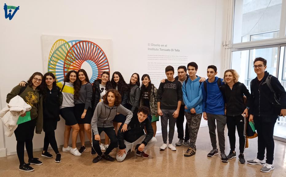 Visita a la biblioteca de la Universidad Torcuato Di Tella